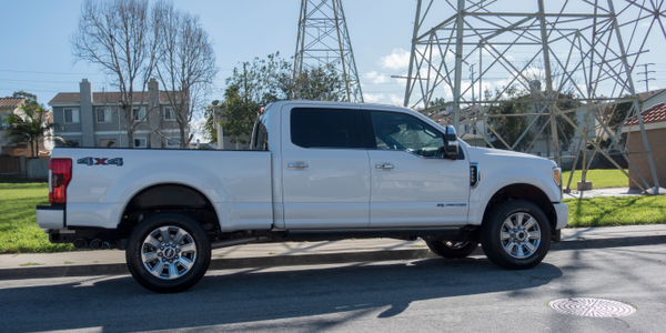 Photo of Ford F-250 by Vince Taroc.
