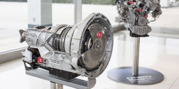 Photo of the 10R80 10-speed (left) and 3.5-liter EcoBoost engine courtesy of Ford.