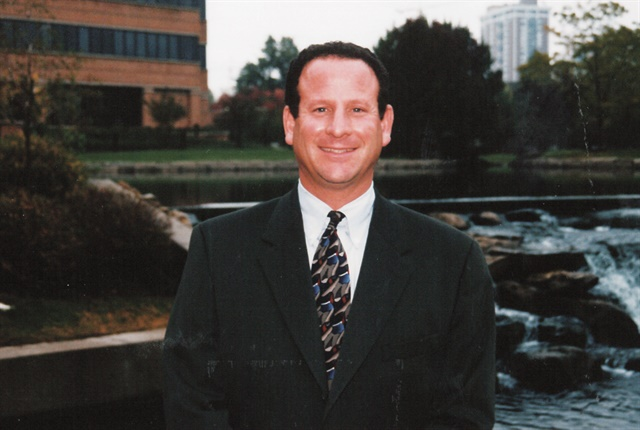 Steve Bloom outside the Enterprise corporate headquarters in Clayton, Mo., in 1999. Photo: Enterprise Fleet Management