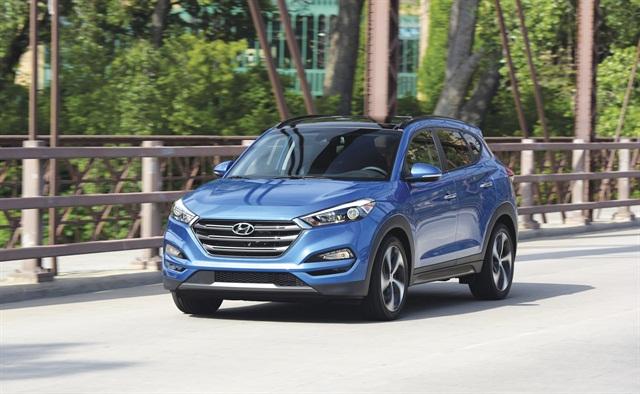2016 Hyundai Tucson SE, photo courtesy of Hyundai.