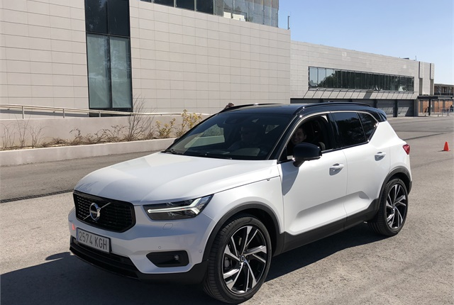 2018 XC40 Launches Volvo's Small Vehicle Strategy - Global Fleet