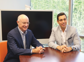 Jeff Schlesinger and Felipe Smolka discuss LeasePlan's business transformation roadmap to satisfy customer needs on a day-to-day basis. Long-term, the executives are focusing on digitization, mobility services, and electrification.