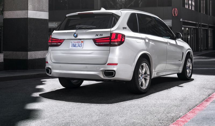 As with all of BMW's vehicles, the BMW X5 (2018 model pictured) is loaded with safety features, such as active lane keeping and active cruise control, design to keep drivers and those around them safe on the road.