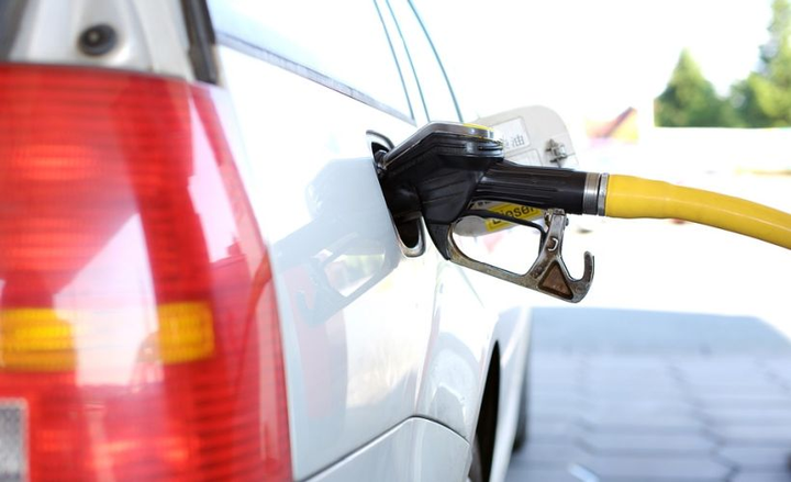 15 Ways to Save Fuel - Fuel - Automotive Fleet