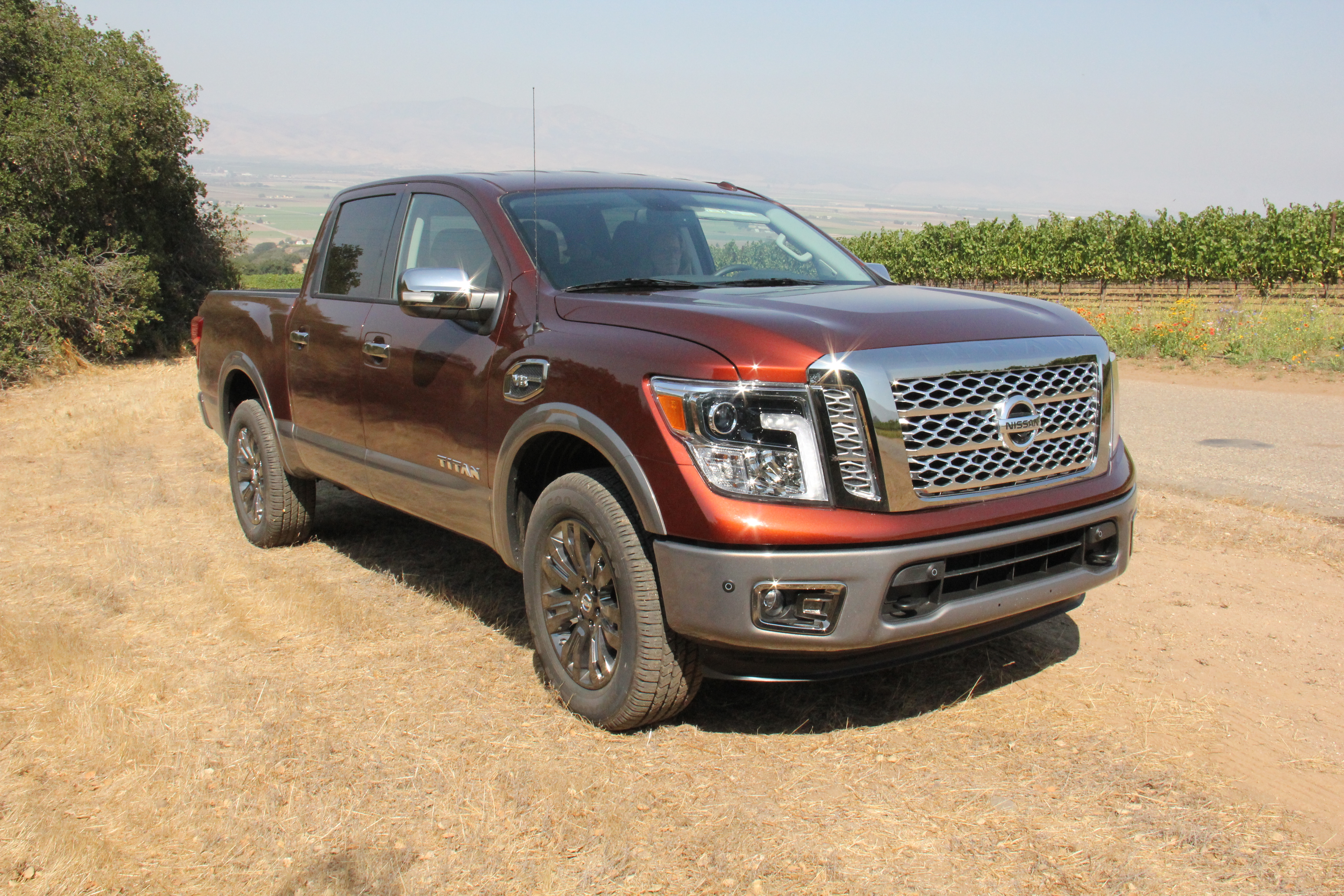 2017 Nissan Titan Half-Ton Pickup - Driving Notes - Work