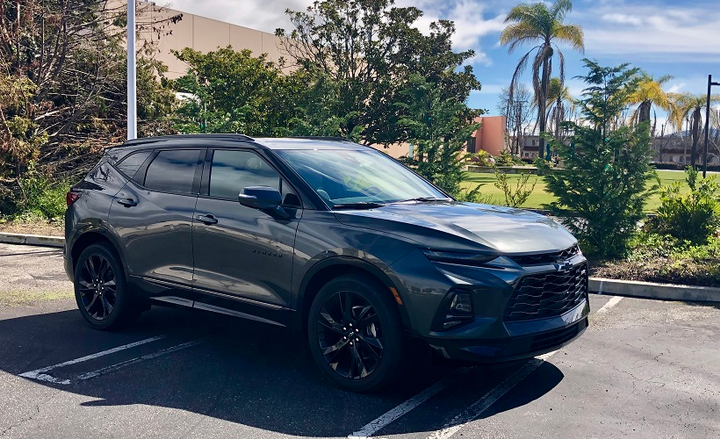 The 2019 Blazer is a very attractive looking vehicle with a distinctive front-end look with ultra-thin LED daytime running lamps. - Photo by Mike Antich.