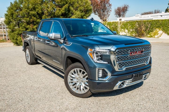 The 2019 GMC Sierra 1500 adds several new features not available on the Chevrolet Silverado, including a carbon-fiber cargo box and innovative tailgate.
