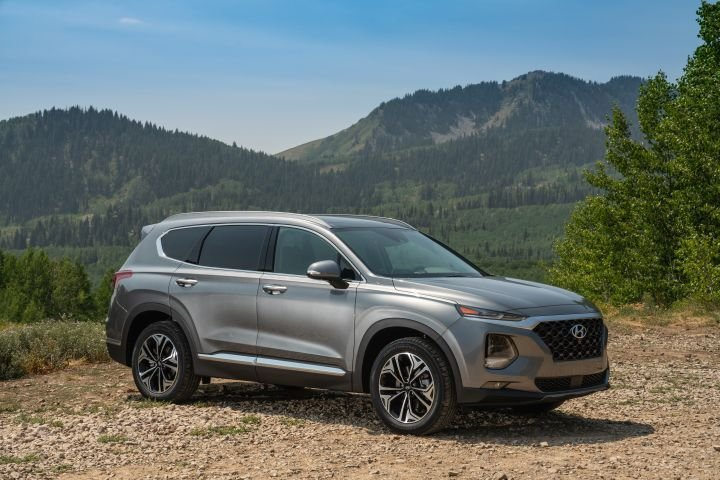 Hyundai's Santa Fe enters its fourth generation with an array of new driver-assisting and safety features.