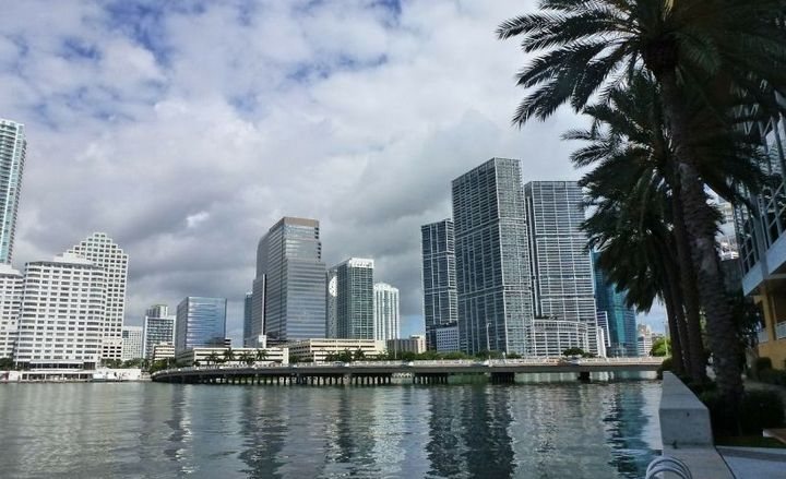 - Photo of the Miami skyline courtesy of Holgi via Pixabay.