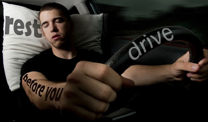 For commercial fleet drivers, drowsiness behind the wheel can be catastrophic. In fact, crashes involving drowsy drivers caused 41,000 injuries and some 824 fatalities in 2015 alone, according to the National Highway Traffic Safety Administration.   - Photo courtesy ofU.S. Air Force illustration/Staff Sgt. Jamal D. Sutter.