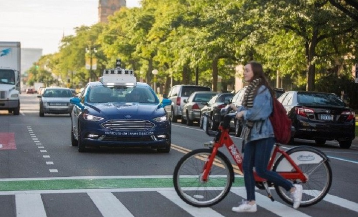 Ford Motor Company is calling upon all self-driving vehicle developers to work together to develop an industry standard for communicating driving intent.