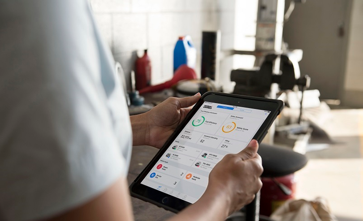 The enhanced Workforce Mobile application lets users view upcoming jobs, mark jobs as complete, coordinate with the back office, and obtain customer signatures.
