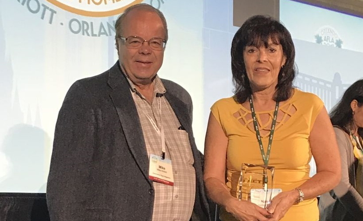 Nancy Murray of Agfa Corporationwas named Fleet Visionary of the Year. Mike Antich of Automotive Fleet presented the award at the AFLA Conference award ceremony.  - Photo courtesy of AFLA.