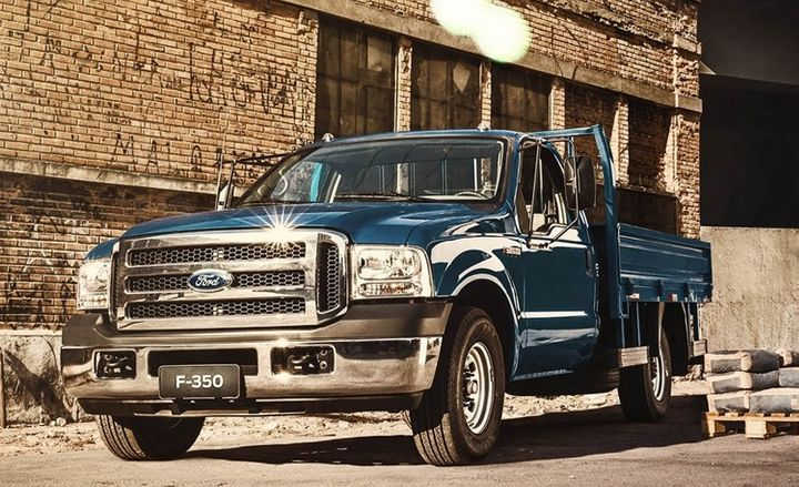 Ending the sale of heavy commercial vehicles, including the F-350, will result in the company ceasing production at its São Bernardo do Campo plant in Brazil during 2019 - Photo courtesy of Ford.