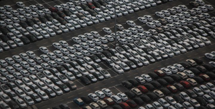 Total fleet sales for the month — which is comprised of commercial, rental, and government sales — came in at 178,252, which represented a 36% drop from the same time last year.  - Photo: Pixabay