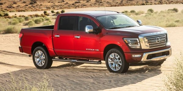 Pictured is the 2020 Nissan SL Crew Cab.