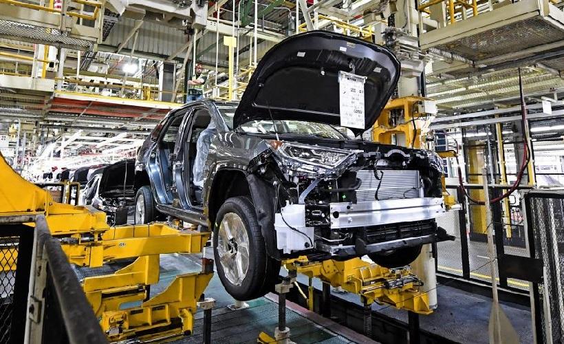 Toyota Begins Production of 2020 RAV4 Hybrid