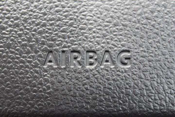 In Columbus, Ohio there was a rash of airbag thefts in January, with thieves specifically targeting those in late model Hondas, reports NBC. - Image by Angie Johnston from Pixabay.