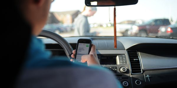 While it is now illegal to use a cell phone while driving in Arizona, motorists are presently...