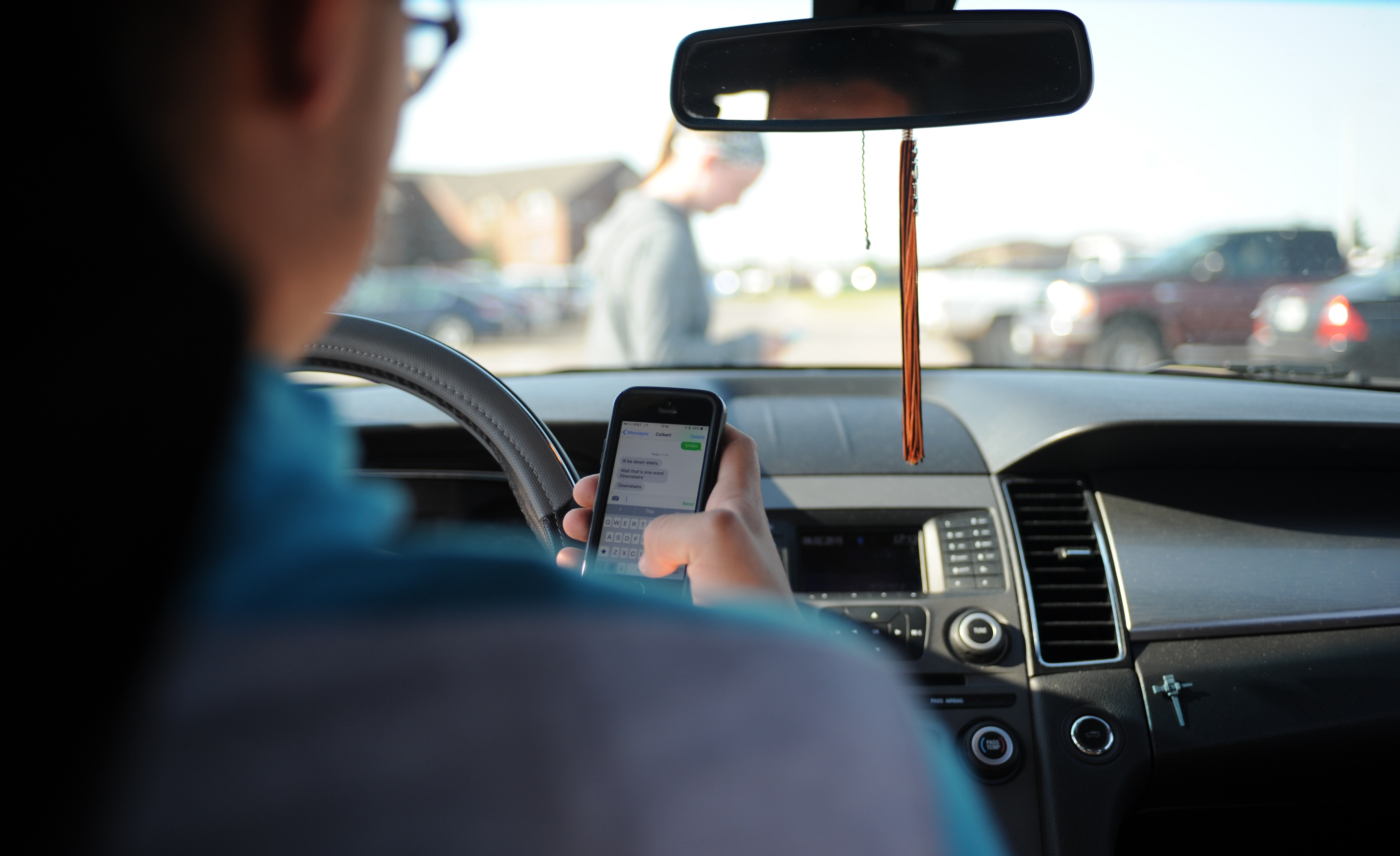 Arizona Launches Distracted Driving Education Program