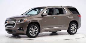 Chevrolet Traverse, Buick Enclave Stand Up in Crash Tests