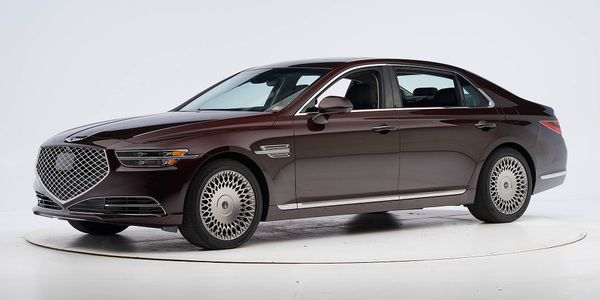 Genesis G90 Captures Top Safety Pick+