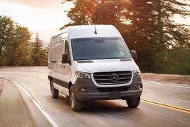 Mercedes Benz Sprinter, Freightliner Sprinter Recalled for Fire Risk