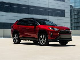 Toyota Announces 2021-MY Fleet Incentives