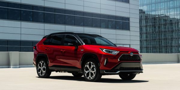 The2021 RAV4 Prime plug-in hybrid (pictured) willbe offered with a $500 fleet incentive.