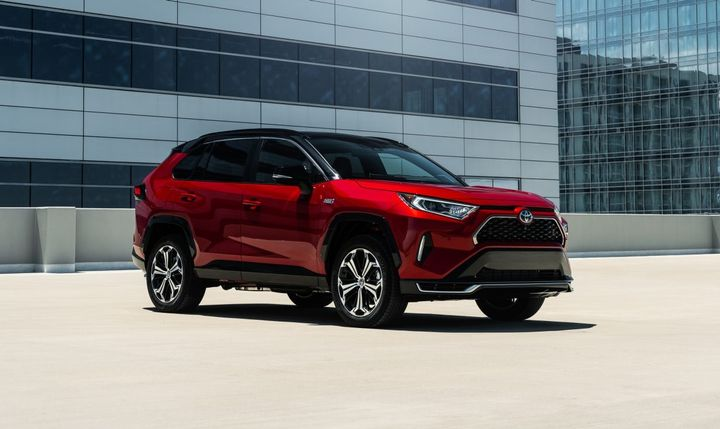 The2021 RAV4 Prime plug-in hybrid (pictured) willbe offered with a $500 fleet incentive. - Photo: Toyota