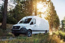 Mercedes-Benz Vans Introduces Four-Cylinder Diesel Cargo Sprinter for the U.S.