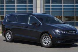 Chrysler Details 2021 Fleet-Only Voyager