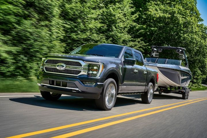 The F-150 achieves its max tow capability when equipped with the available 3.5L EcoBoost V6 and Max Trailer Tow Package. - Photo: Ford