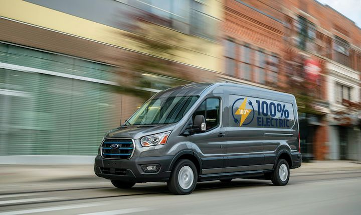 The all-electric 2022 E-Transit will be available with a starting price under $45,000 and features a targeted maximum payload of 3,800 pounds with up to 487.3 cubic feet of cargo space. - Photo: Ford