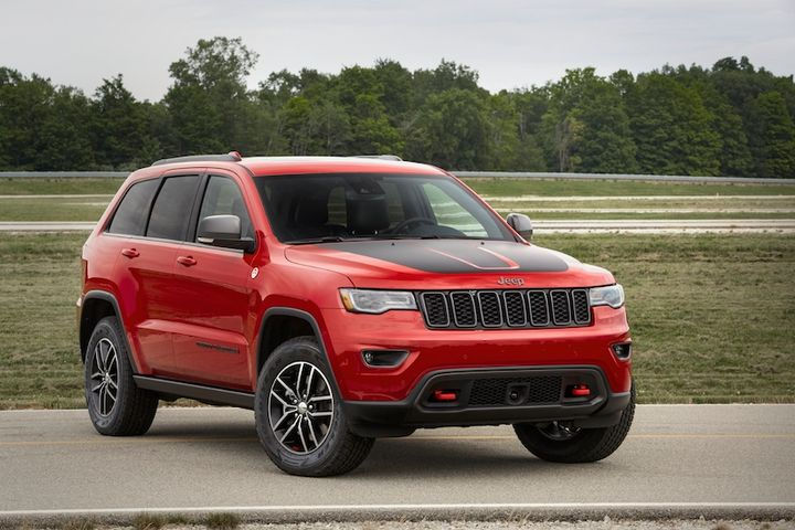All Grand Cherokee models are mated to a TorqueFlight eight-speed automatic transmission, which is designed to enhance ride quality. - Photo: FCA