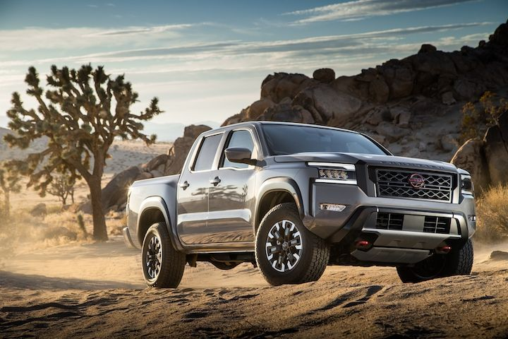 The 2022 Frontier is available as a king cab, offered in 2WD and 4WD S and SV grades, and a crew cab that is available in 2WD and 4WD S, SV standard bed and SV long bed variations, Nissan said. - Photo: Nissan