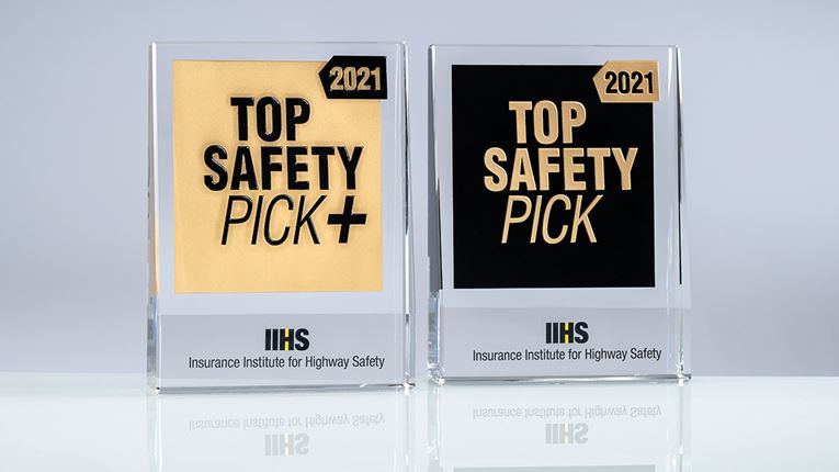 IIHS Honors 49 Vehicles With Top Safety Pick Honor