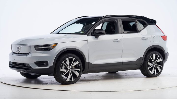 The XC40 Recharge comes with a standard front crash prevention system that earned superior and advanced scores in the vehicle-to-vehicle and vehicle-to-pedestrian evaluations - Photo courtesy of Volvo.