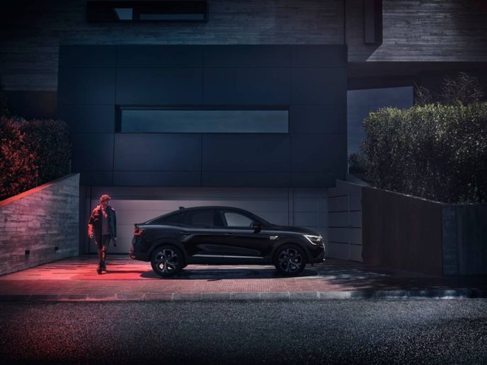 New Renault Arkana is a 100% hybrid, even with its exclusively electrified engines, and is now available with the new E-TECH 145 hybrid system. Another new addition to the range of engines is the 1.3 TCe 160 petrol engine with 12 V micro-hybrid. - Photo: Renault