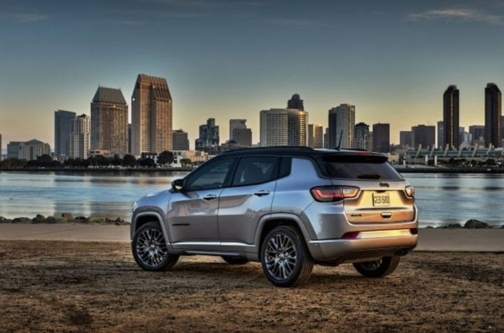 When the 2022 Jeep Compass arrives in dealerships this fall, it will be ready to hit the roads while boosting driver confidence because it was designed with safety top-of-mind. - Photo viaJeep.