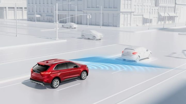 Ultimately, this unique cross-industry information exchange resulted in a lower overall cost of vehicle ownership — up to 20% less — for numerous shared customers because the policy prices were based on better risk assessment. - Photo via Ford.