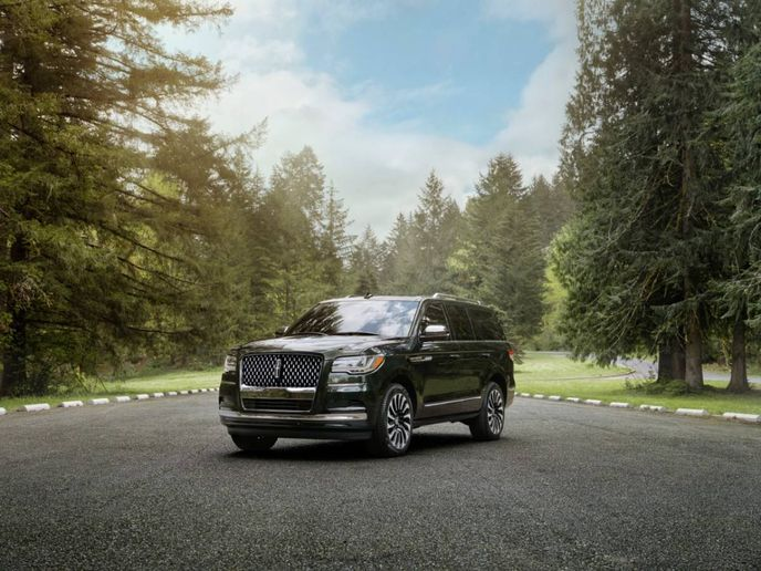 The new model is part of the Black Label line and includes a new hands-free driver-assisttechnology. - Photo:Lincoln Motor Company