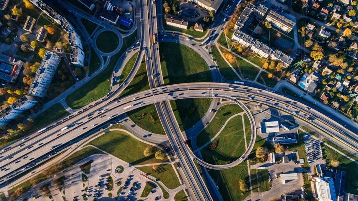 The legislation, when it goes into effect, will be the largest infusion of U.S. federal investment into infrastructure projects in more than a decade. - Photo: pexels.com/Aleksejs Bergmanis.