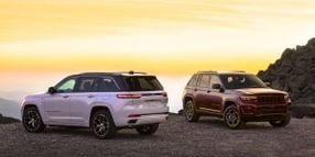 Jeep Reveals 2022 Grand Cherokee, First Electric 4xe