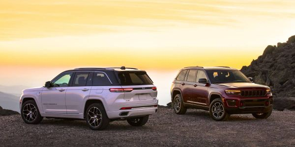 The 2022 Jeep Grand Cherokee will arrive in North America dealershipsin Q4 2021. The new 4xe...