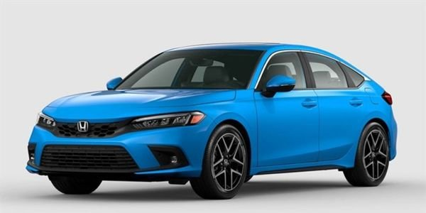 The 2022 Honda Civic hatchback was one of two small vehicles from the OEM to get kudos from IIHS.