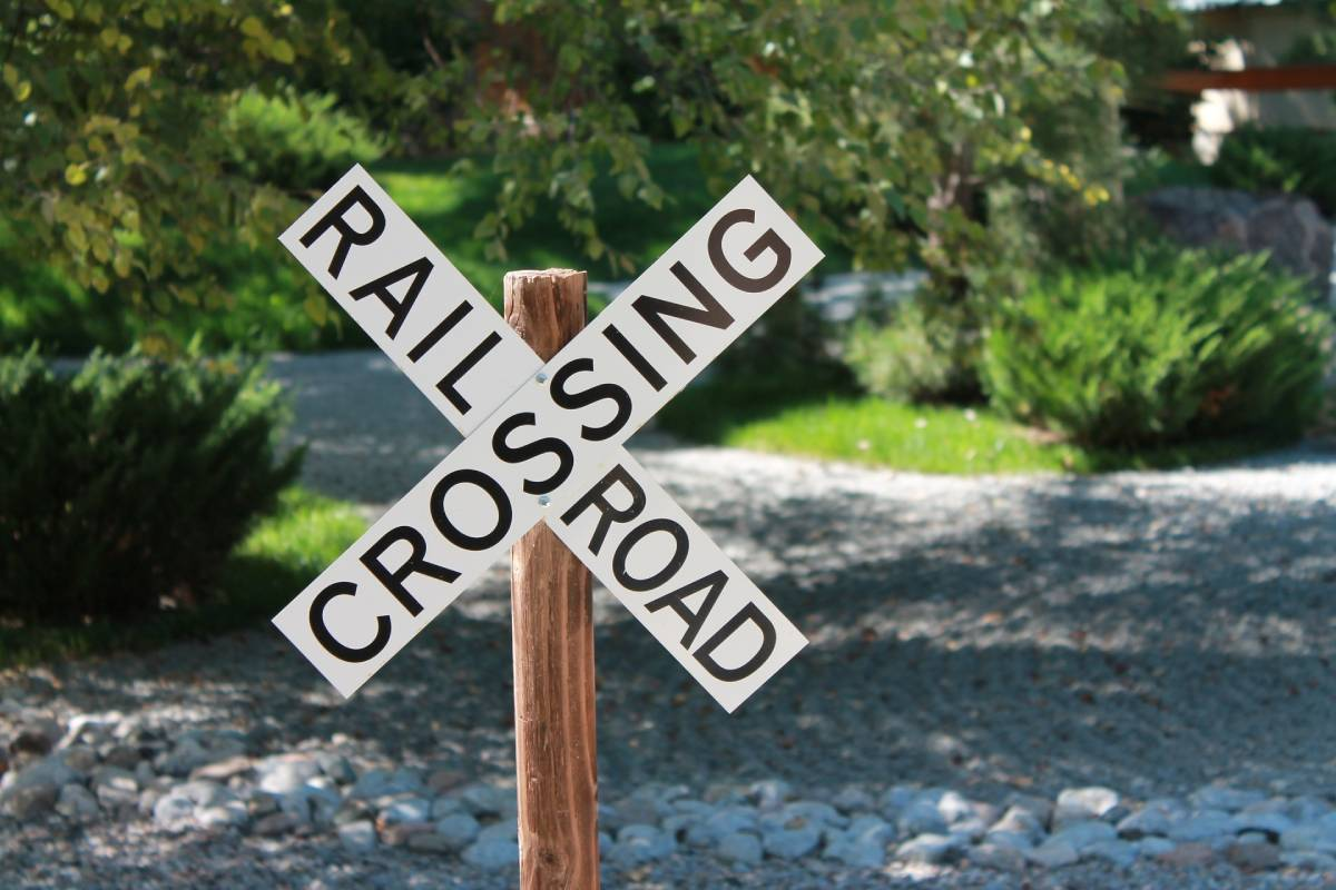 Vehicle-Train Collisions Claim 200 Lives in 2020