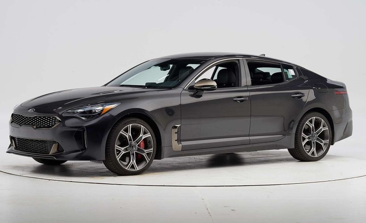 IIHS engineers put the large car through the paces. In a series of six crashworthiness tests, the Kia Stinger scored good ratings across the board.