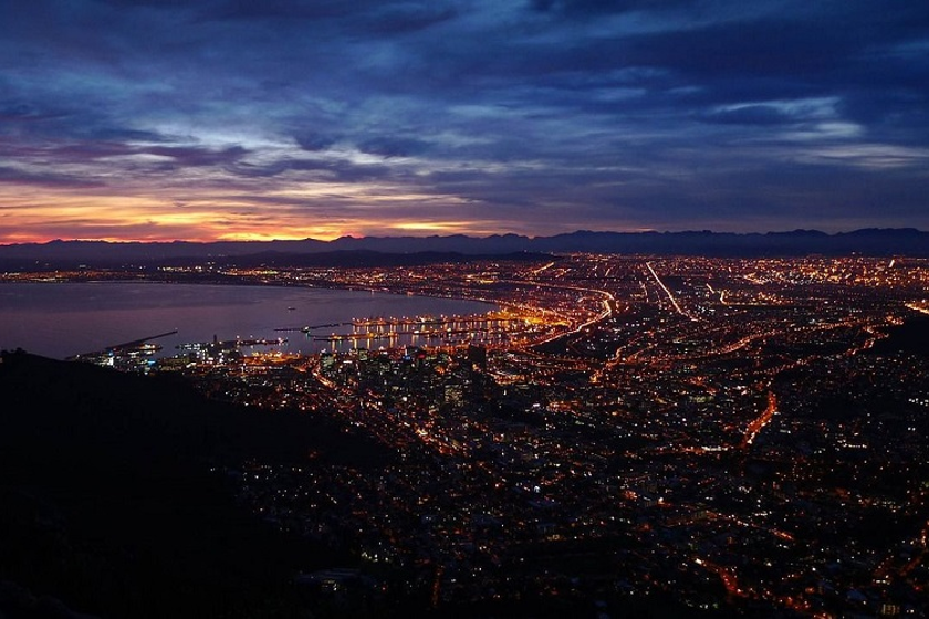 Photo of Cape Town, the capital of South Africa.