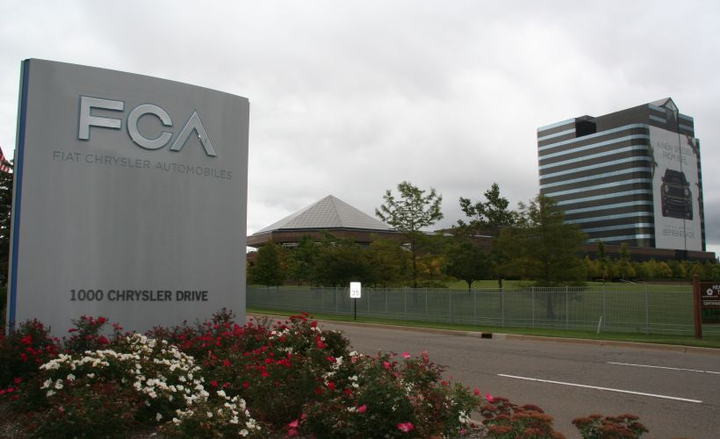 Fiat Chrysler Automobiles and Ford Motor Co. have said they support changing strict fuel economy standards approved during the Obama administration.